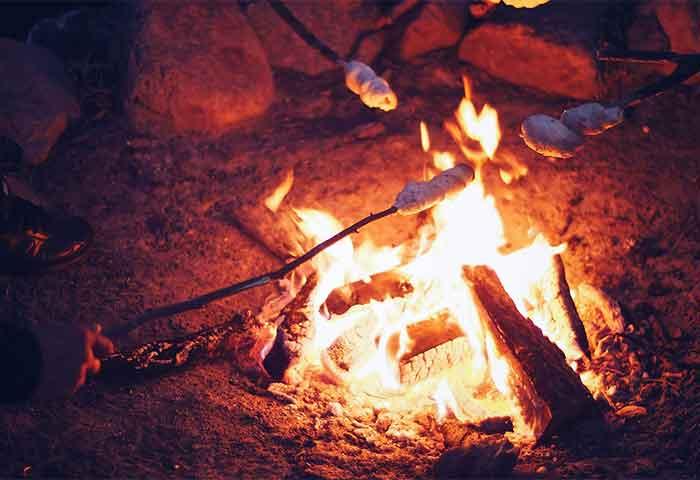 fb_08_kochenfeuer
